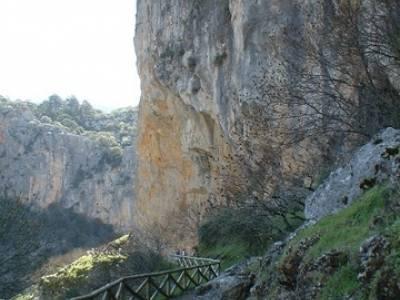 Turismo Activo - Parque Natural de Cazorla; rutas senderismo la pedriza